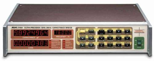 Puente multi frecuencia capacitivo ultra preciso AH 270